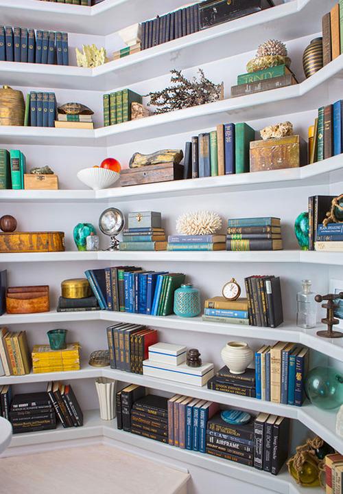 /images/bookshelves_1.jpg