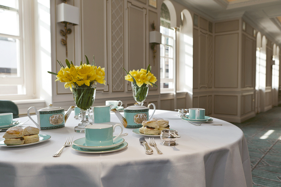 /images/fortnum_and_mason_jubilee%20tea.jpg