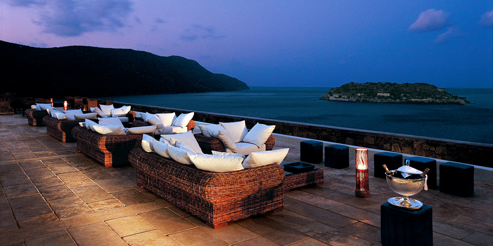 /images/gervasoni_furniture_blue_palace_resort_greece.jpg