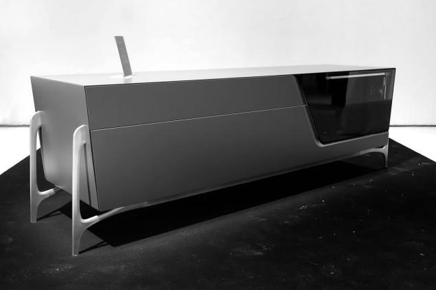 /images/mercedes_benz_furniture_3.jpg