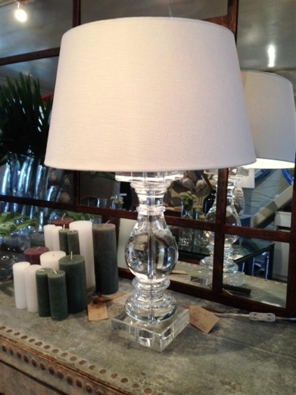 /images/parterre_garden_lamp.jpg