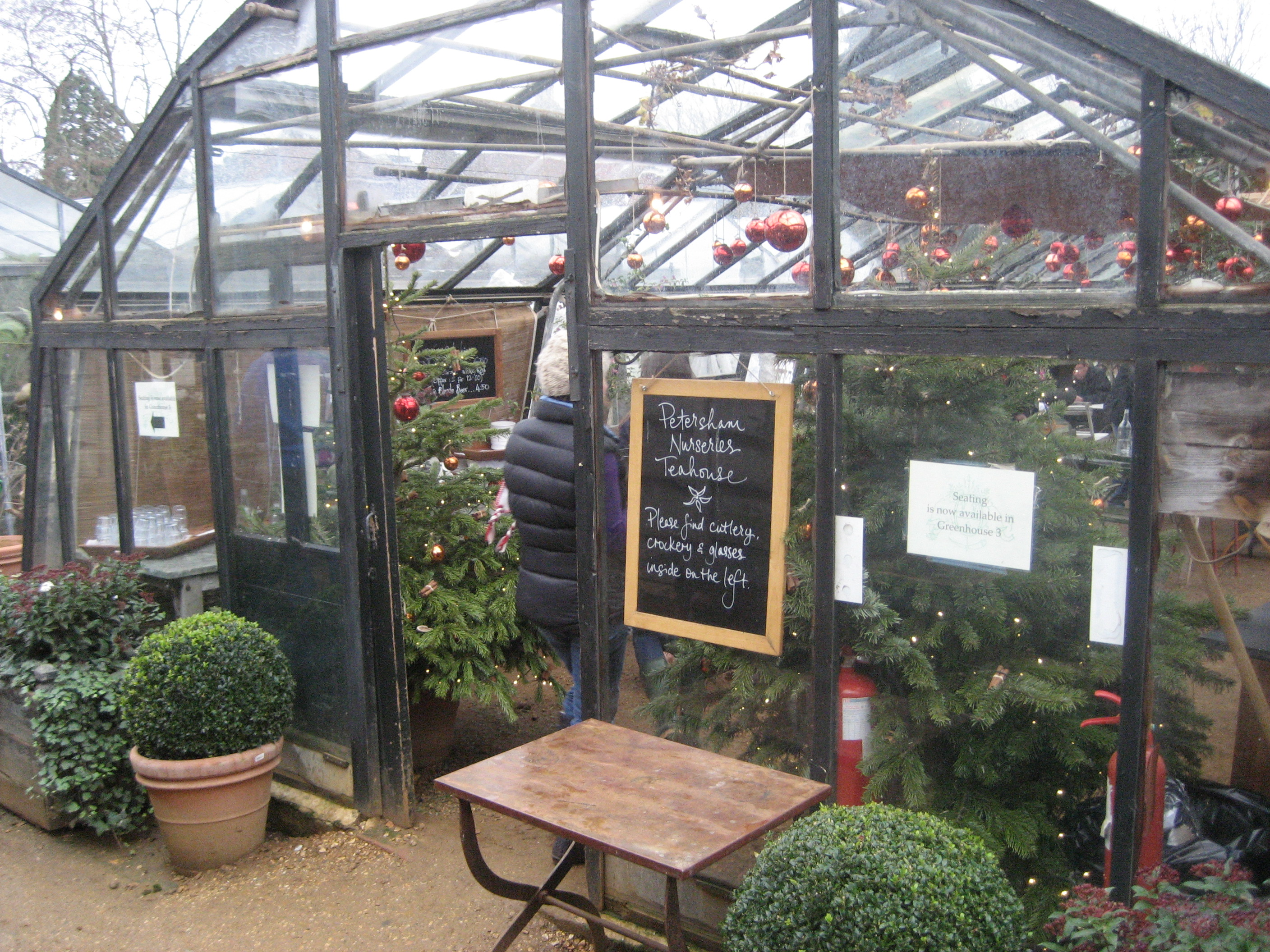 /images/petersham_nurseries_cafe.JPG