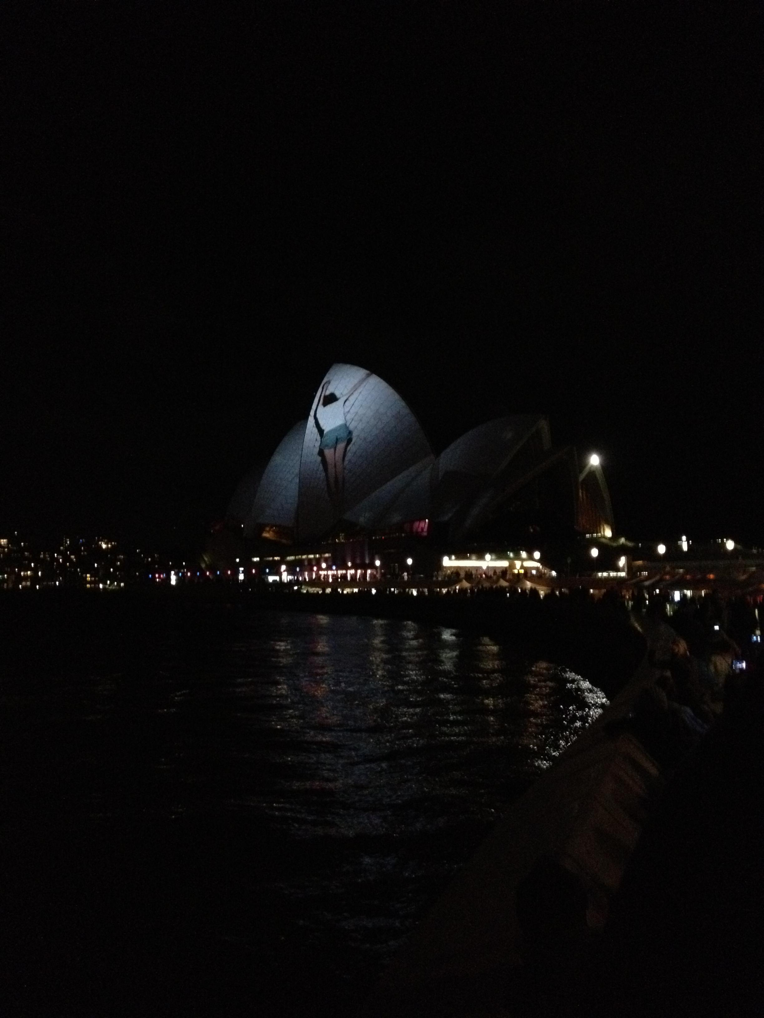 /images/vivid_sydney_2.jpg