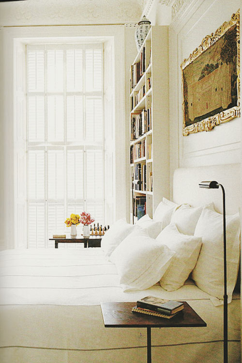 /images/white_interior_4.jpg